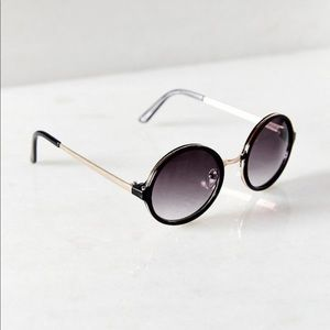 Urban Outfitters Black Round Sunglasses